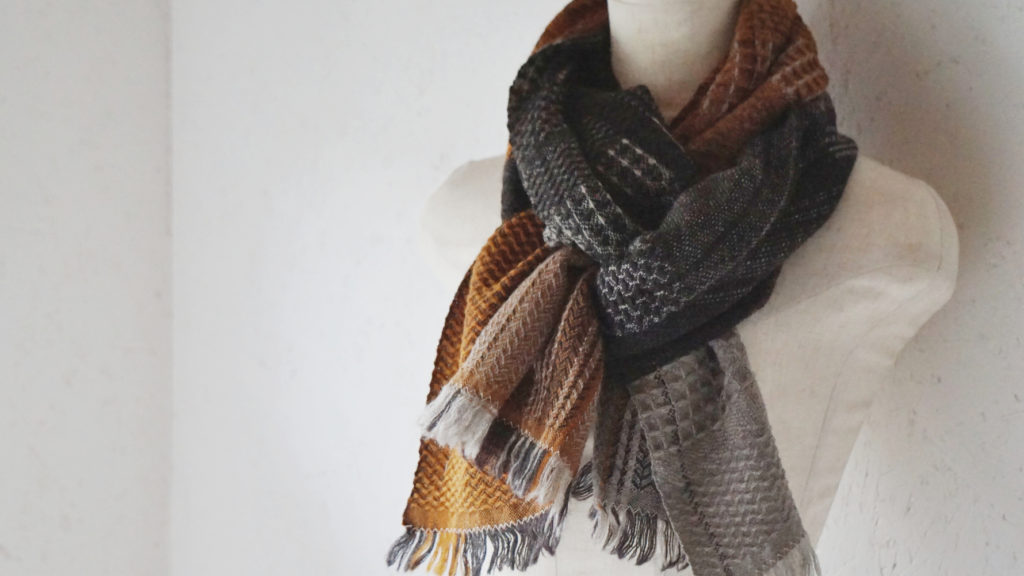 かわり織りマフラー商品アップ画像