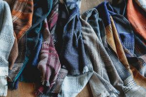 ウールかわり織りマフラー