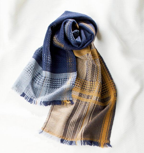 ウールかわり織りマフラー マスタード