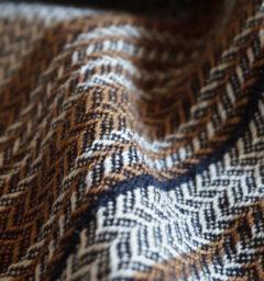 ウールかわり織りマフラー ブラックネイビー