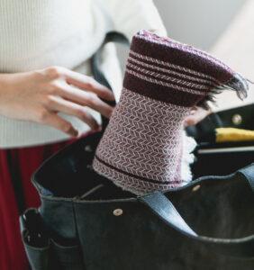 ウール かわり織りマフラー ボルドーレッド