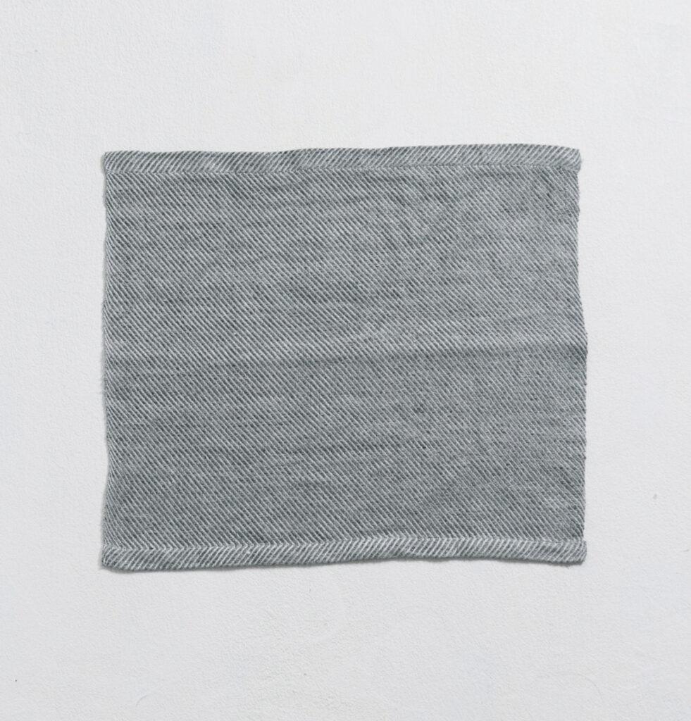 プレイス グレー 商品単体画像