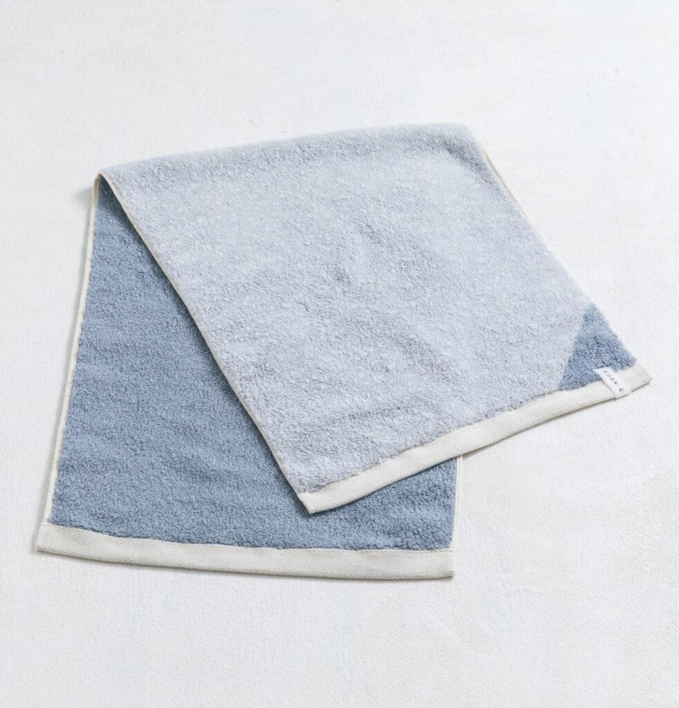 CUON:E クオンイー サファイス リバーシ ラージフェイスタオル ブルー 商品単体画像
